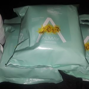 NEW Almay Cosmetic wipes & eyemake up remover pads